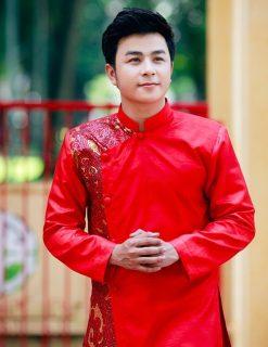 áo dài nam cách tân gam màu đỏ trẻ trung