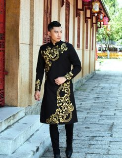 áo dài nam cách tân đen vẽ họa tiết vàng