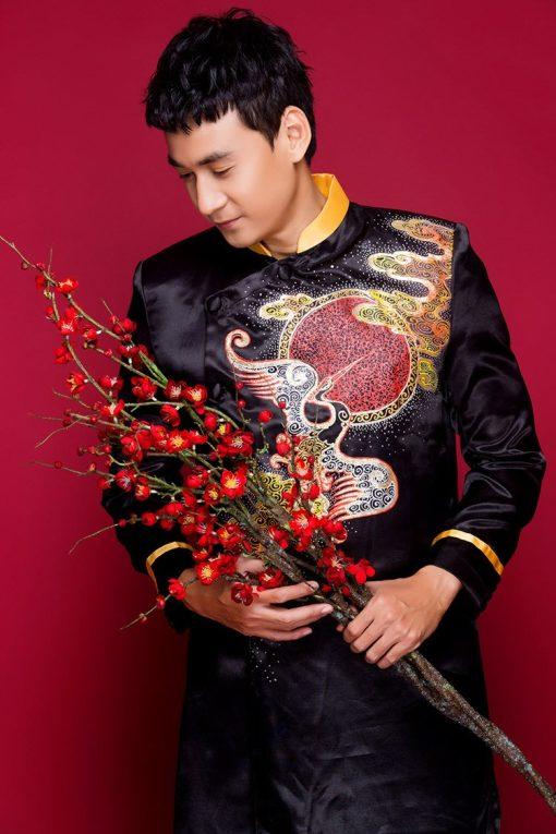 áo dài nam cách tân phối cổ vest hiện đại