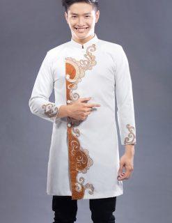 Áo dài nam cách tân trắng vẽ họa tiết đỏ cam