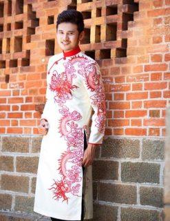 áo dài nam cách tân trắng vẽ rồng đỏ truyền thống