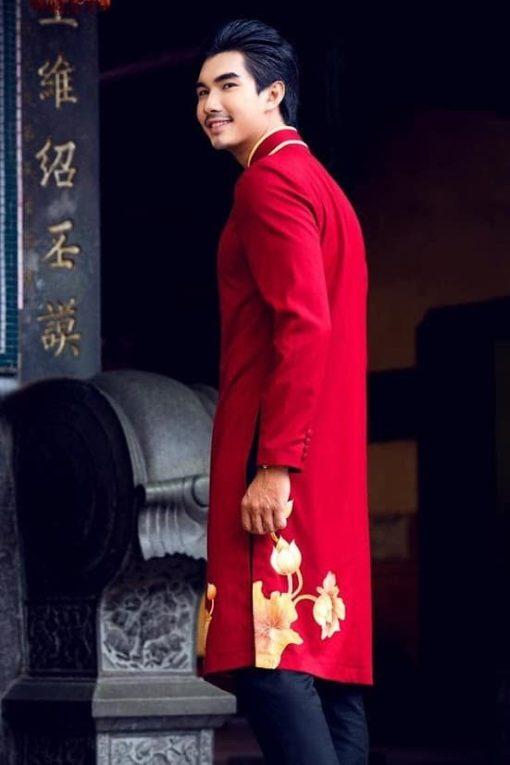 Áo dài nam cách tân đỏ đậm sen vàng đồng