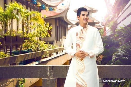 Áo dài nam cách tân trắng vẽ họa tiết trang nhã