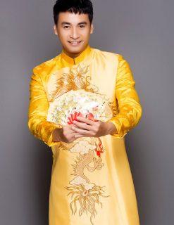 Áo dài nam cách tân vàng vẽ rồng tinh xảo