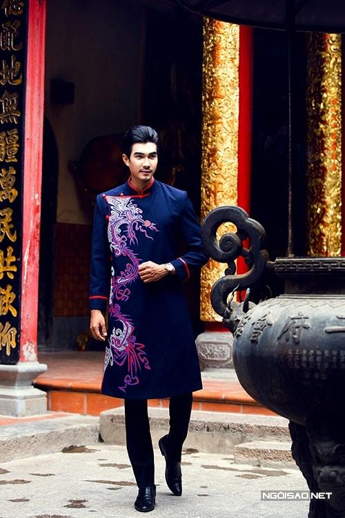 Áo dài nam cách tân xanh đen vẽ rồng lập thể