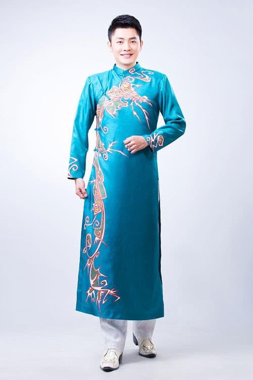 Áo dài nam xanh ngọc vẽ họa tiết hiện đại