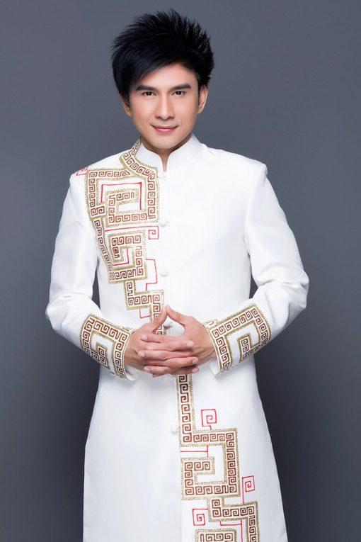 Áo dài nam cách tân trắng vẽ họa tiết lập thể trẻ trung