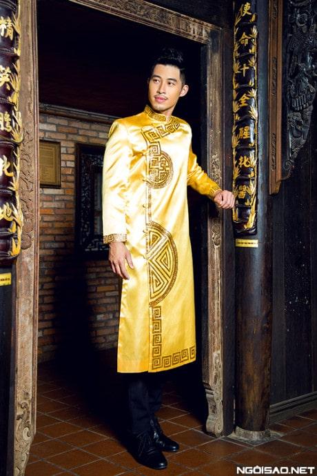 Áo dài nam cách tân trống đồng truyền thống