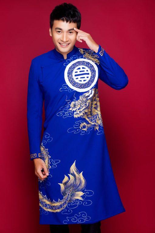 Áo dài nam xanh vẽ rồng vàng họa tiết tròn