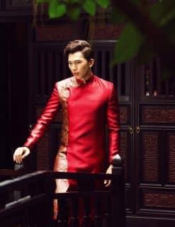 Áo dài nam đỏ họa tiết viền vàng cao cấp