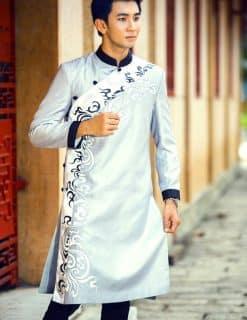 Áo dài nam màu ghi họa tiết hiện đại trẻ trung