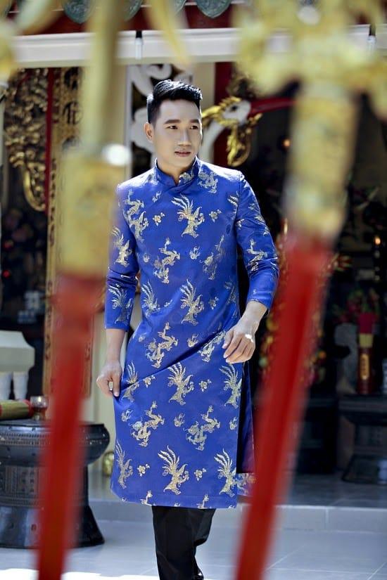 Áo dài nam cách tân xanh họa tiết rồng vàng sang trọng
