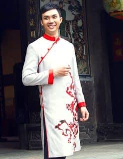 Áo dài nam trắng viền đỏ họa tiết độc lạ