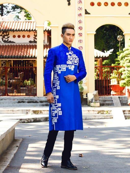 Áo dài nam cách tân xanh họa tiết trắng đơn giản