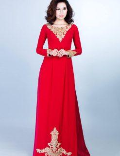 Áo dài bà sui đỏ ren vàng đồng trẻ trung
