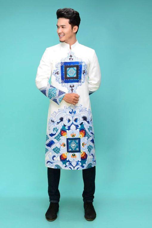 Áo dài nam cách tân trắng họa tiết vuông độc đáo