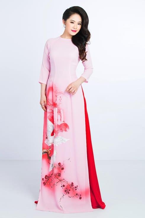 Áo dài nữ hồng nhạt vẽ cảnh làng quê
