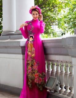 Áo dài nữ hồng vẽ họa tiết thiếu nữ việt