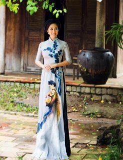Áo dài nữ xám vẽ hình ảnh hòn vọng phu