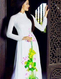 Áo dài nữ trắng dịu dàng vẽ hoa sen