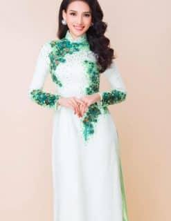Áo dài nữ trắng họa tiết hoa lạ mắt