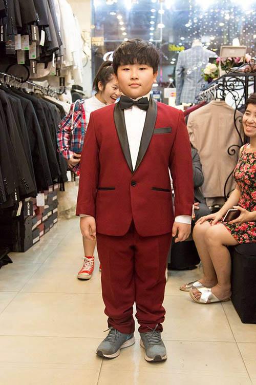 Áo vest trẻ em màu đỏ có thể mua bán sỉ và lẻ chất lượng