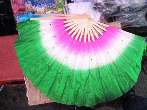 Quạt múa vải được sử dụng phổ biến nhất