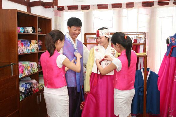 Địa chỉ may Hanbok uy tín, chuyên nghiệp