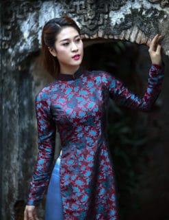 Áo dài nữ truyền thống