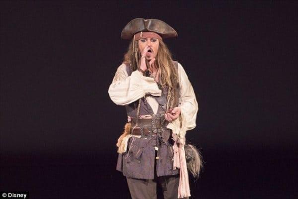 cho thuê trang phục cướp biển vùng Caribe