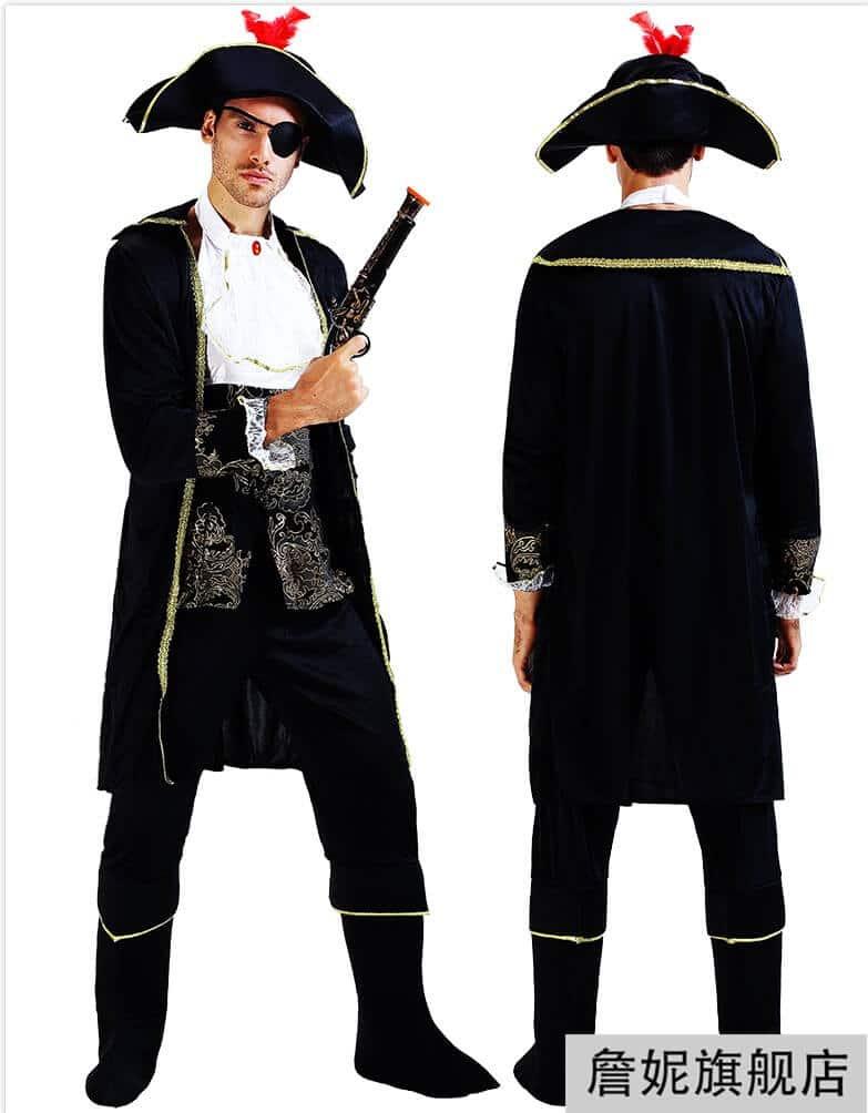 thuê đồ cướp biển