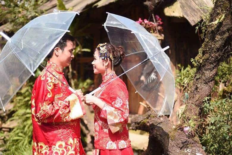 Bộ ảnh cưới đậm chất Trung Hoa của cặp đôi gây bão mạng xã hội