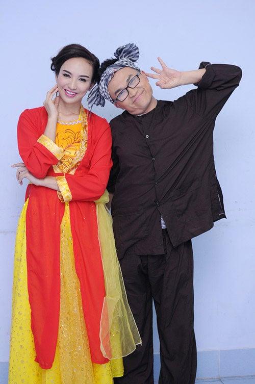 Trang phục chị Hằng theo phong cách Việt Nam