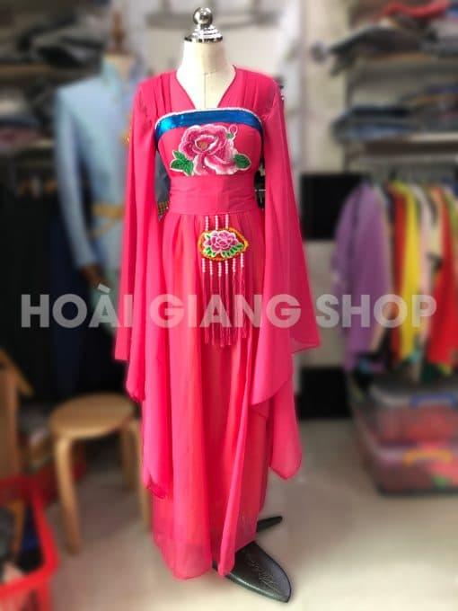 trang phục múa cổ trang màu hồng