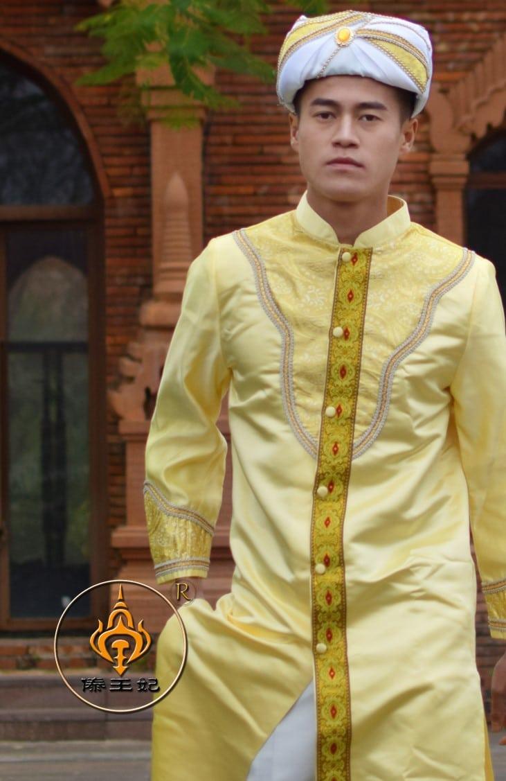 trang phục ấn độ nam màu vàng