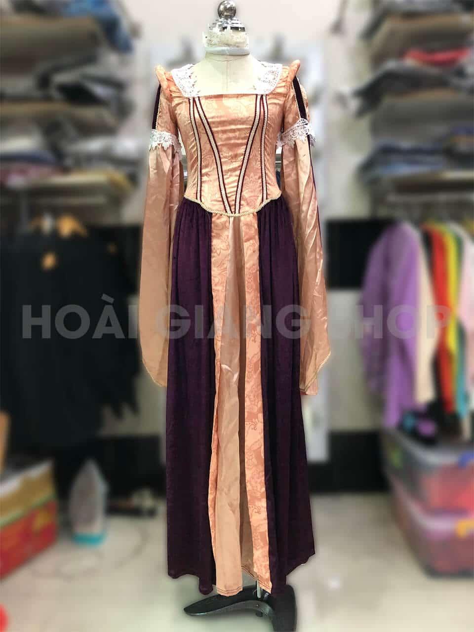 trang phục nữ hoàng