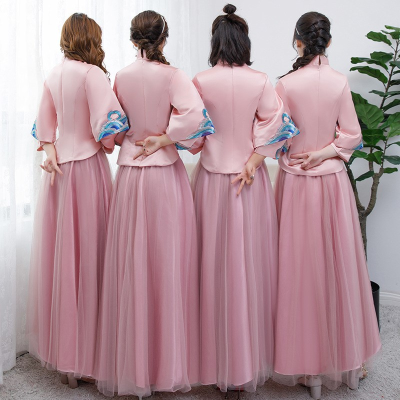 Áo khỏa bưng quả nữ Trung Hoa (áo hồng váy hồng)