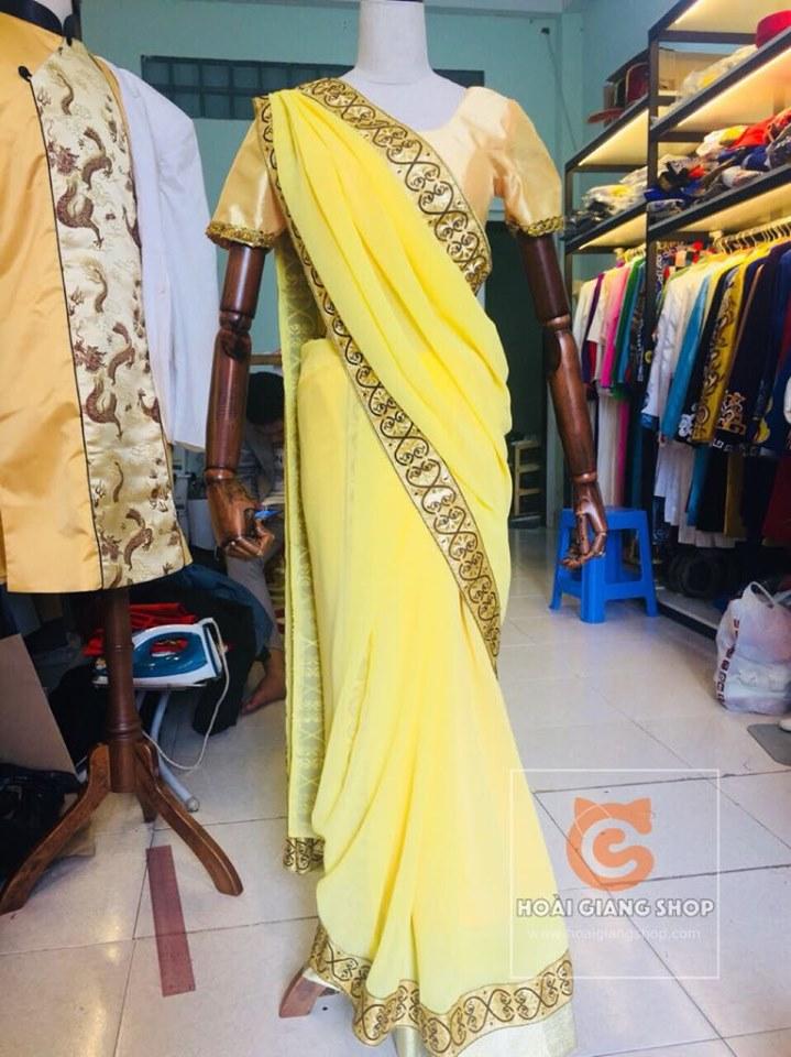 Trang phục sari Ấn Độ vàng