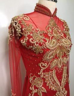 thuê áo dài cô dâu đỏ kết cườm vàng