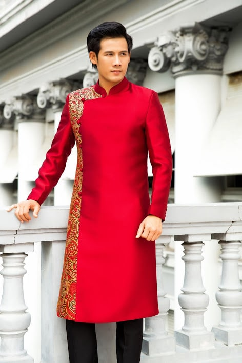 áo dài nam đỏ hoa văn đơn giản
