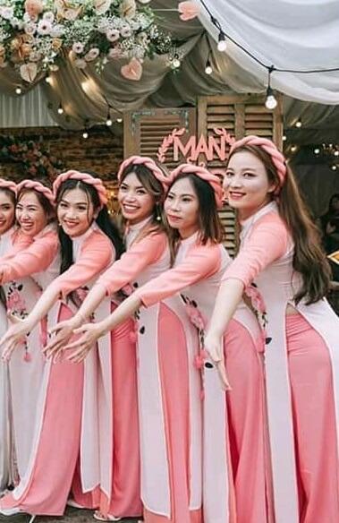 cho thuê áo dài bưng quả nữ màu hồng