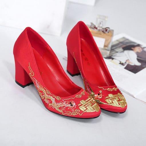 cho thuê giày cưới trung quốc
