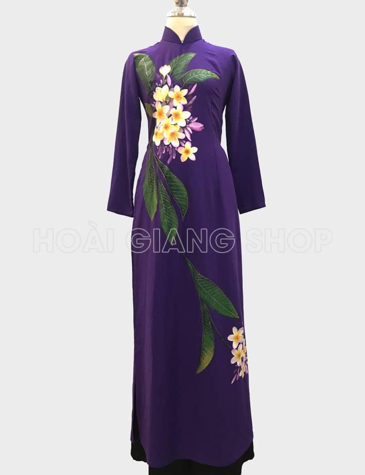 áo dài nữ tím vẽ hoa sứ