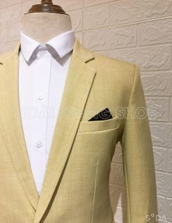 vest nam màu vàng nhạt
