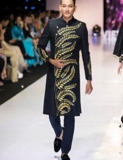 áo dài nam đen vẽ bông lúa