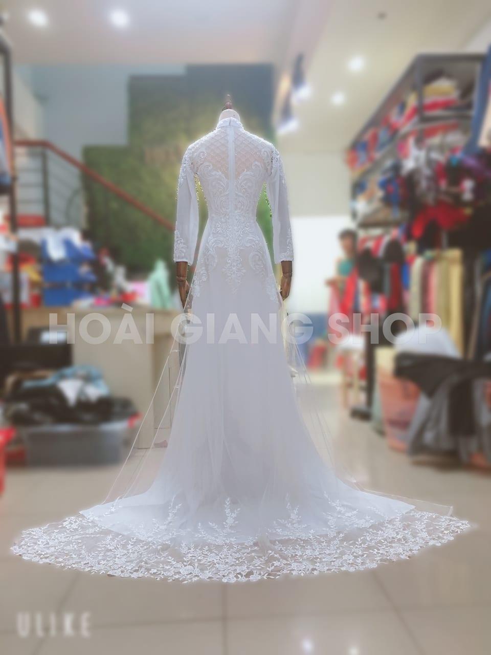 áo dài cô dâu trắng có đuôi