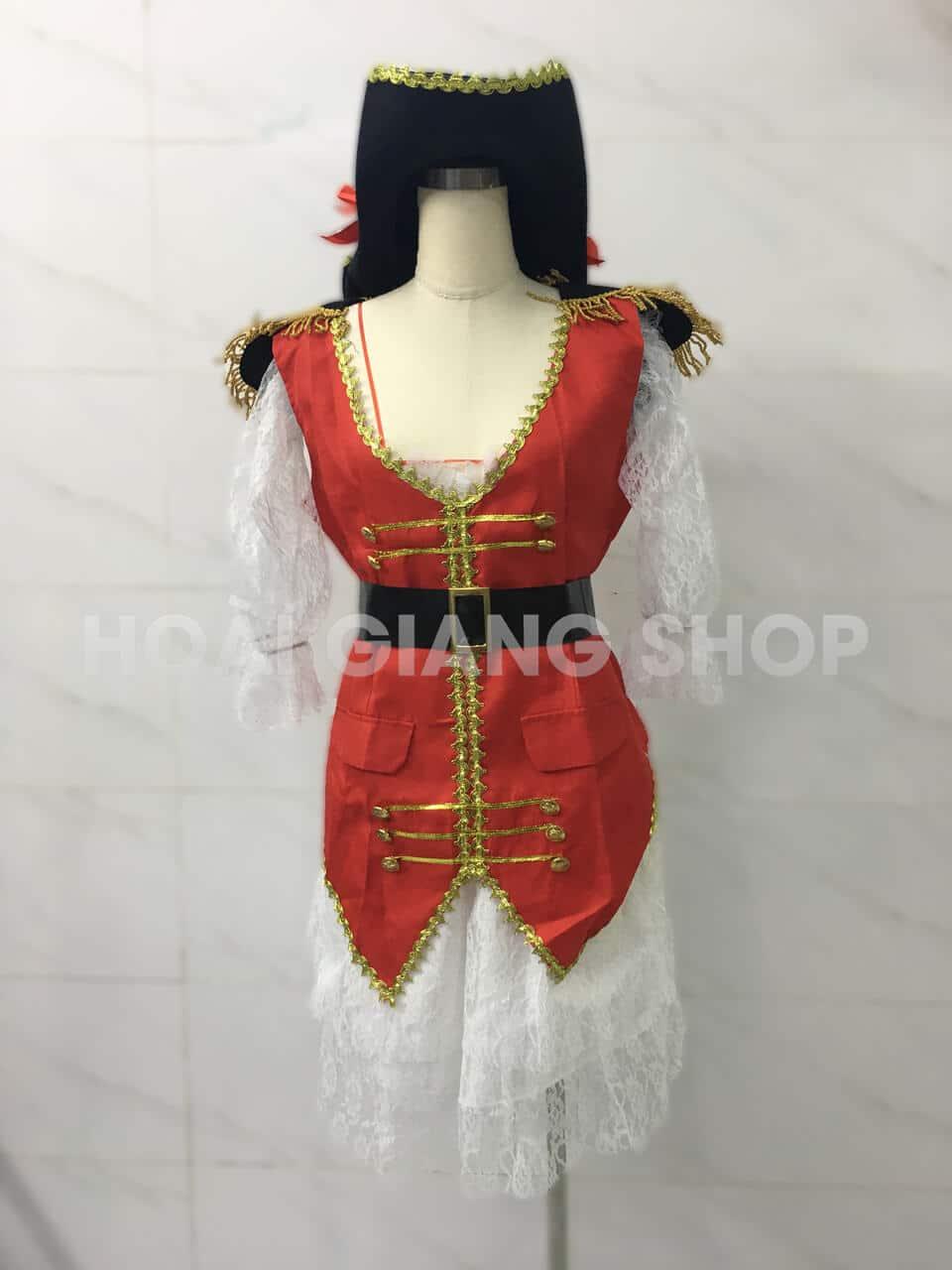 thuê trang phục cướp biển